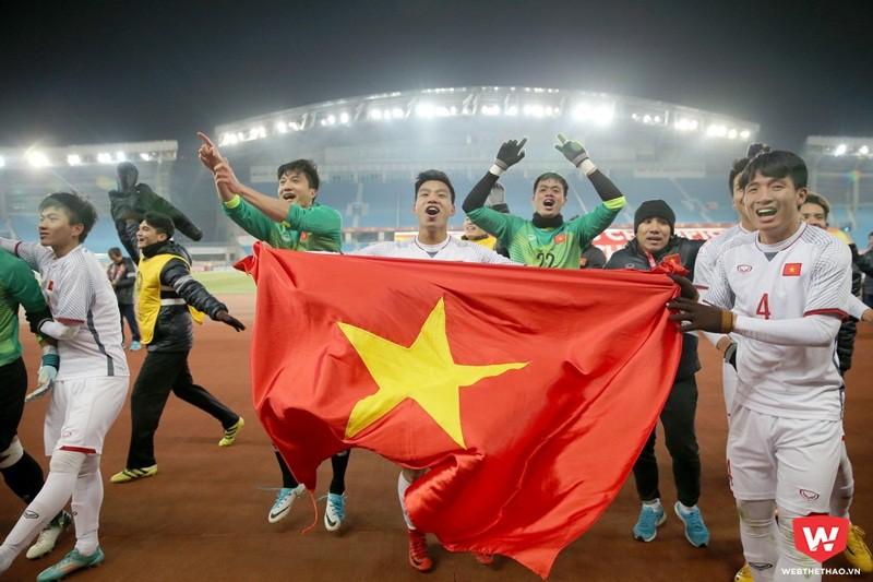 Văn Hoàng cùng đồng đội ăn mừng chiến tích ở VCK U23 châu Á 2018. Ảnh: Anh Khoa.