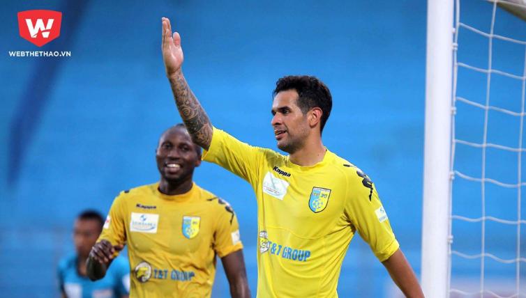 Gonzalo chia tay CLB Hà Nội sau 9 năm và sẽ nhập tịch để đá cho CLB TP.HCM. Ảnh: Hải Đăng.