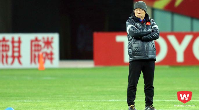 HLV Park Hang Seo đã khiến báo chí nước nhà một phen ''thót tim''. Ảnh: Anh Khoa.
