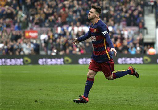 Tháng 4, Messi có bàn thắng thứ 400 trong màu áo Barcelona ở trận đấu với Valencia