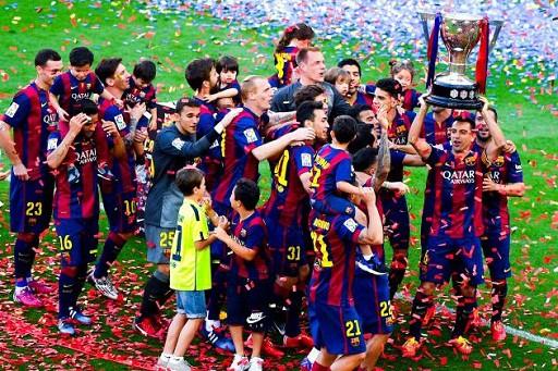 Messi cùng Barca giành danh hiệu đầu tiên trong năm 2015 với chức VĐ La Liga ngay trên sân của đối thủ Atletico Madrid.