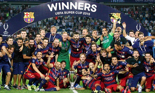 Messi cùng các đồng đội giành chiến quả thứ hai với chức VĐ Cúp nhà Vua TBN.
