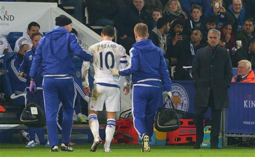 Chấn thương của Eden Hazard là không nghiêm trọng