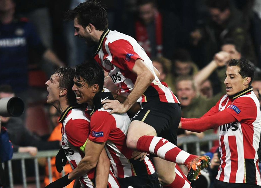 Thất bại bạc nhược của M.U như càng tô đậm sự xứng đáng của PSV, đội bóng đã lội ngược dòng ấn tượng trước CSKA để có mặt ở vòng knock-out