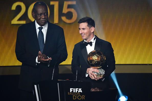 Lionel Messi giành QBV thứ 5 trong sự nghiệp