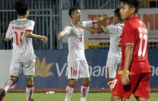Hình ảnh: Màn trình diễn xuất sắc tại U21 Việt Nam giúp Phan Văn Đức được HLV Park Hang Seo triệu tập.