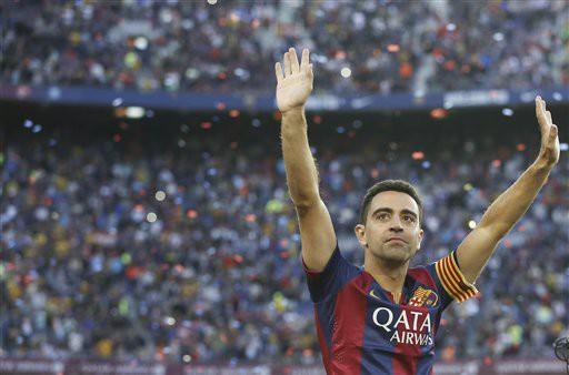 Với những người yêu mến Barcelona, Xavi mãi là tượng đài vĩ đại