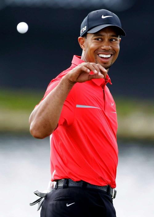 Tiger Woods vẫn số 1
