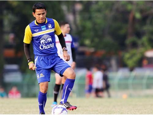 HLV tuyển Thái Lan Kiatisak Senamuang: Mọi con đường đều hướng tới World Cup