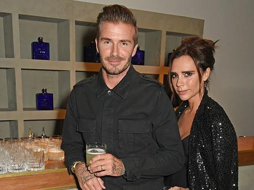"""Beckham bỏ phố về làng tậu """"Beckingham Palace"""" mới"""