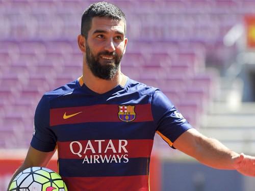 Barcelona lần cuối cùng đệ đơn lên FIFA về trường hợp Adra Turan