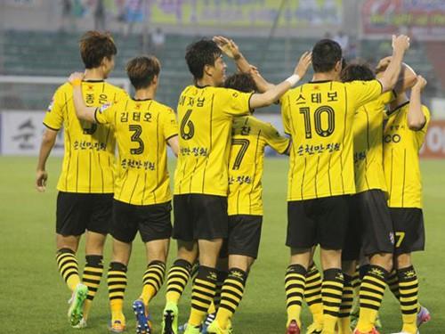 Bước đệm cho cầu thủ Việt sang K.League chơi bóng