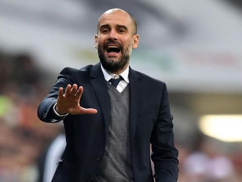 """Guardiola """"thả bom tương lai"""", Man City mừng thầm"""