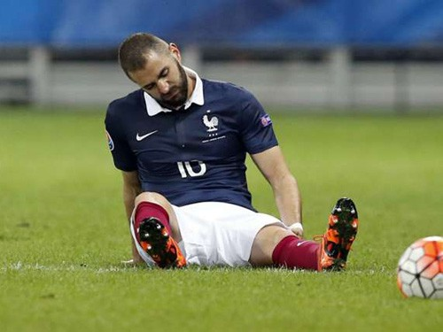 Benzema lại dính chấn thương