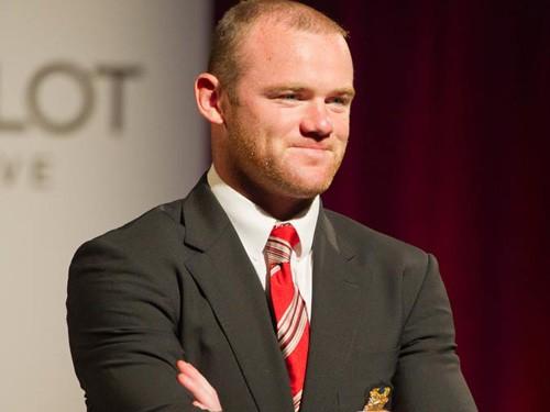 Rooney ép Jay Z  hợp tác với Lệ Rơi