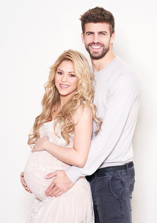 Mới đẻ 10 tháng, Shakira lại mang bầu