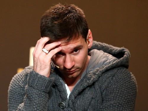 Dù hầu Tòa, Messi cũng chẳng ngồi tù