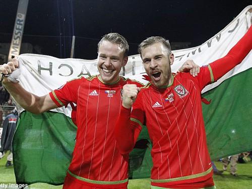 Kevin Ratcliffe: Bale chưa phải nhất, song thế hệ này là nhất!