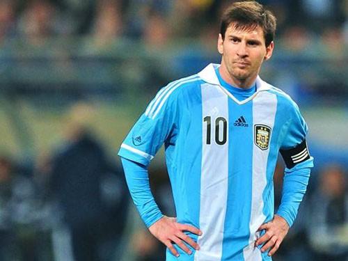 Messi chê đội tuyển, dồn sức cho Barca