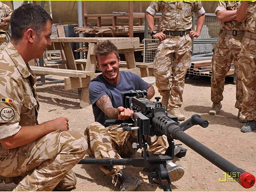 David Beckham Visits Air Force Soldiers In Afghanistan!