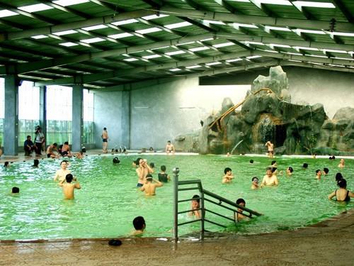 Đi bơi những ngày...gió mùa