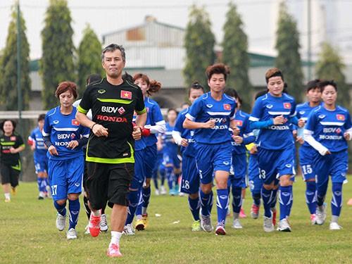 Kỳ vọng vào HLV Takashi & Miura: VFF đang hối hận?