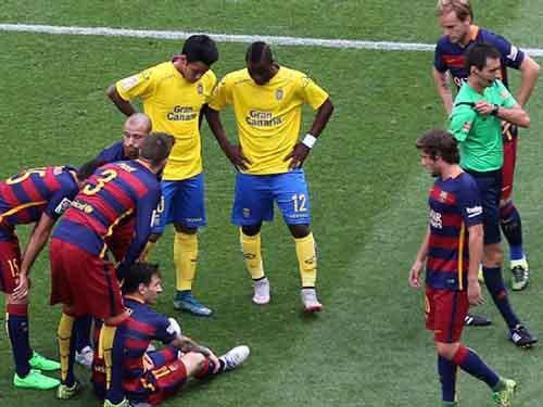 Barcelona: Nỗi khổcủa nhà vô địch