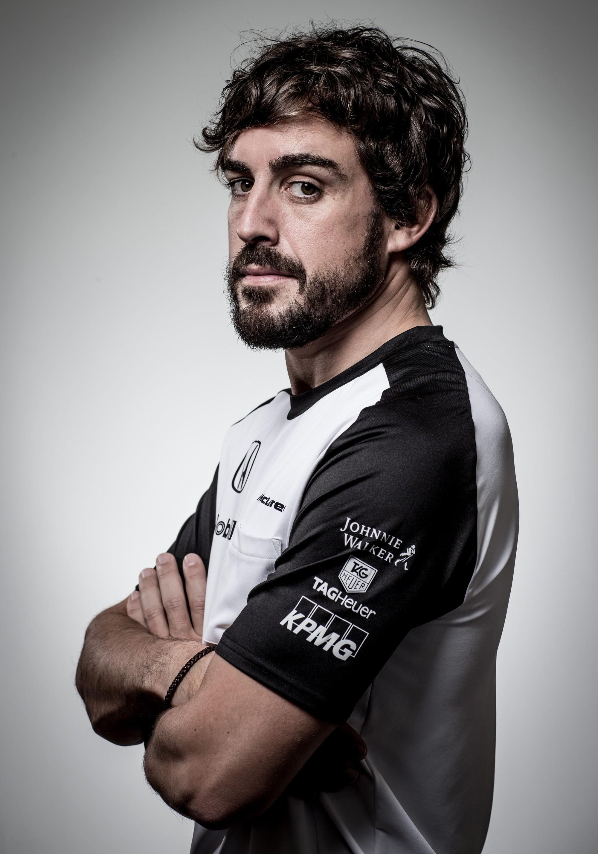 Đua xe F1: Alonso bước vào CLB 250