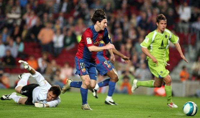 10 bàn thắng đẹp nhất của Messi được Barca bầu chọn