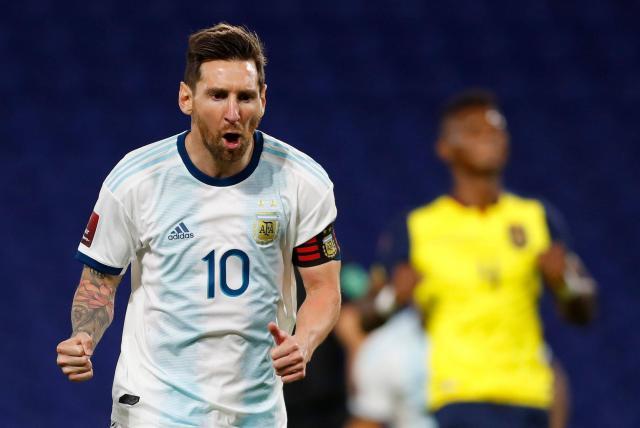 Messi tranh đấu với Pele vì một kỷ lục vĩ đại khác