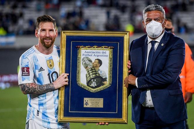 Messi ghi 80 bàn thắng cho tuyển Argentina như thế nào?