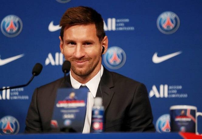Giáo sư toán học xếp Ronaldo vĩ đại nhất mọi thời đại trên Messi