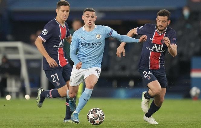 """Sao trẻ Man City """"xỏ mũi"""" 6 cầu thủ PSG để suýt ghi bàn"""