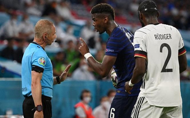 Tại sao Pogba bị Rudiger cắn nhưng trọng tài không phạt?