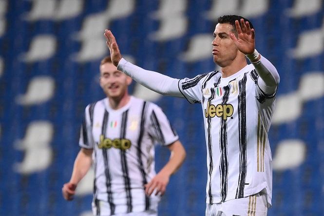 Cristiano Ronaldo bất ngờ được môi giới chuyển đến Man City