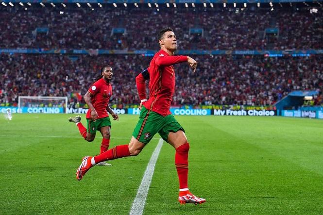 Ronaldo còn thiếu một mục tiêu lớn sau khi phá kỷ lục ghi bàn