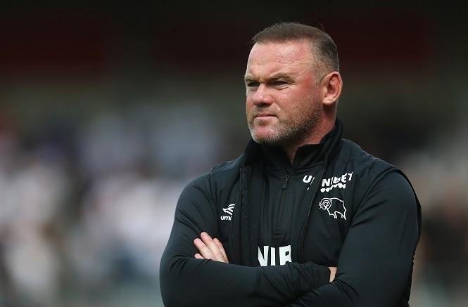 Rooney gọi cảnh sát sau khi lộ video nhạy cảm với phụ nữ hở hang