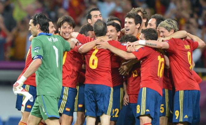 Italia - Tây Ban Nha: Những cầu thủ còn sót lại từ chung kết EURO 2012