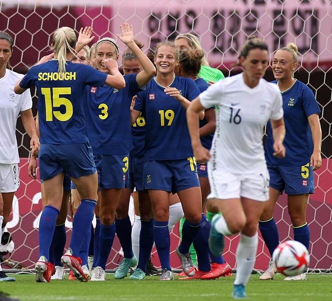 Nữ Thụy Điển vào tứ kết Olympic 2021 với 3 trận toàn thắng