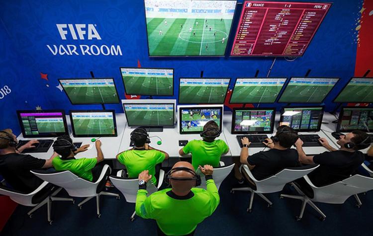 Chi phí lắp đặt VAR trên sân Mỹ Đình ở vòng loại World Cup 2022 đắt cỡ nào?